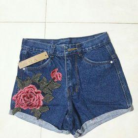 quần jeans thêu hoa cá tính giá sỉ