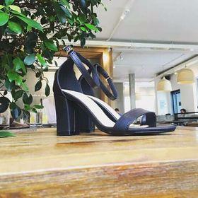 Sandal gót vuông 7142 giá sỉ