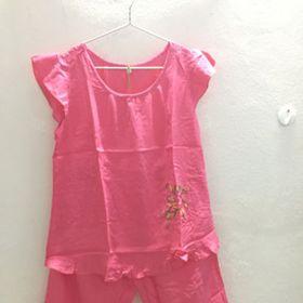 Đồ bộ mặc nhà chất liệu tole màu hồng kẹo giá sỉ