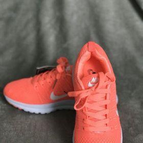 Giày thể thao nữ N04 giá sỉ