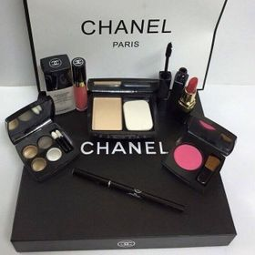 Bộ mỹ phẩm makeup Chanel9 món sang chảnh giá sỉ