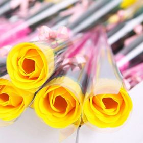 hoa hồng sáp thơm nguyên cây giá sỉ giá sỉ