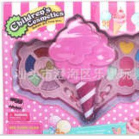 Hộp đồ chơi trang điểm búp bê hình que kem giá sỉ
