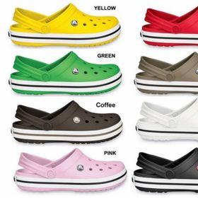 Dép Crocs nhiều màu sắc