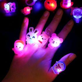 nhẫn đeo tay có đèn giá sỉ