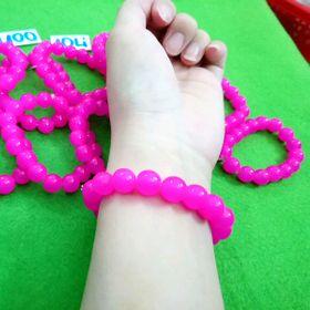 chuỗi đeo tay phong thủy đá 10li màu hồng cánh sen giá sỉ