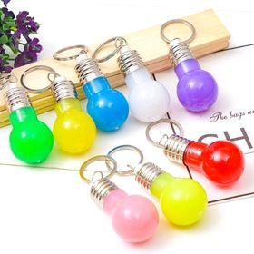 móc khóa bóng đèn có đèn chớp đổi màu liên tục mẫu y hình luônn giá sỉ