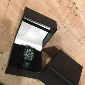 hộp đựng đồng hồ