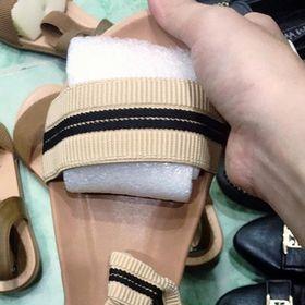 Sandal dây thun