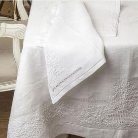 Khăn trải bàn bằng linen vải lanh thêu tay chuẩn Châu Âu giá sỉ