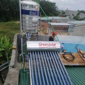 Máy nước nóng năng lượng mặt trời giá sỉ