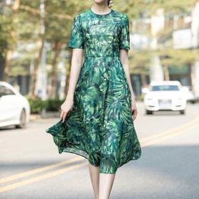 Đầm dài hoạ tiết lá hàng quảng châu giá sỉ