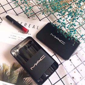 Bộ cọ trang điểm 12 hộp đen chuyên dụng thích hợp cho các bạn mới makeup. giá sỉ