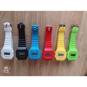 Sỉ . Đồng hồ điện tử cho người lớn hoặc trẻ em đều được. Rất dễ phối đồ. Giá sỉ 25k. giá sỉ