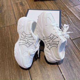 Giày Sục NY xinh. giá sỉ