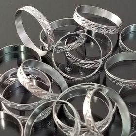 Cà rá nhẫn đeo tay giá sỉ
