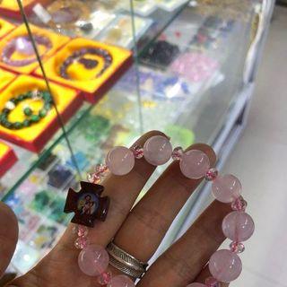 Vòng tay thạch anh hồng mix tượng chúa - MSP 620 giá sỉ