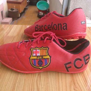 giày đá bóng sân cỏ nhân tạo giá sỉ