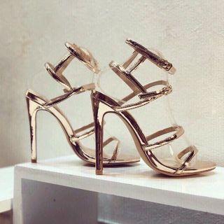 giày cao gót quai mảnh và bóng giá sỉ