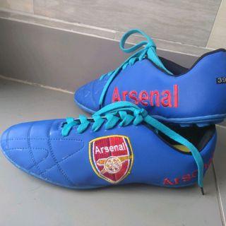 giày đá bóng arsenal giá sỉ