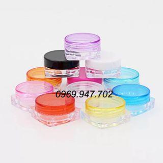 Hũ nhựa 5g - hũ chiết 5g - dụng cụ phun xăm - thiết bị thẩm mỹ - thiết bị spa giá sỉ