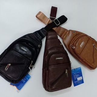 Túi đeo chéo nam TDC1332 - Phong cách lịch lãm giá sỉ