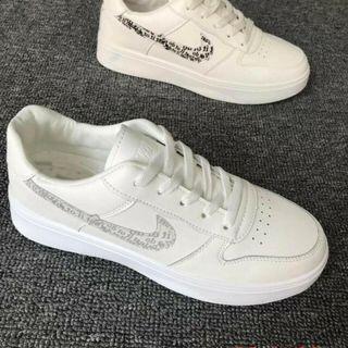 Giày nik nam trắng siêu đẹp giá sỉ
