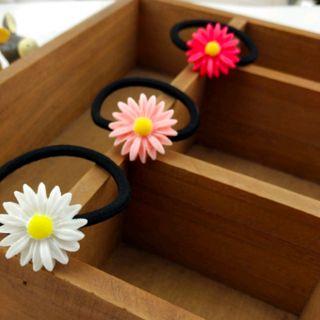 cột tóc hoa cúc giá sỉ