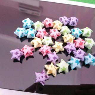ngôi sao giấy xếp sẵn mẫu y hình giá sỉ