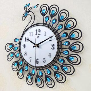Đồng hồ treo tường con công size nhỏ 35x35 cm giá sỉ