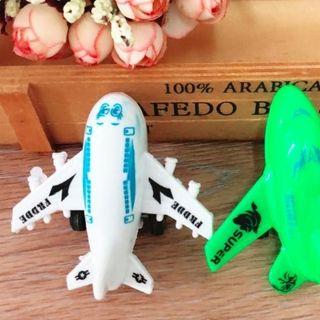 Máy bay đồ chơi nhựa trẻ em giá sỉ