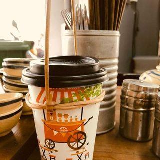 Quai xách ly cho cà phê, trà sữa giá sỉ