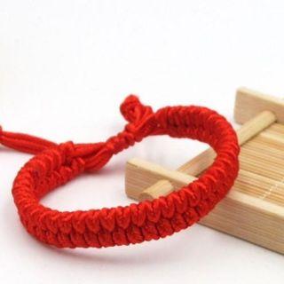 Vòng tay dây rút đỏ giá sỉ