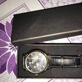 Hộp đồng hồ cao cấp dáng dài giả da kèm xốp Kt 15x7x3cm giá sỉ