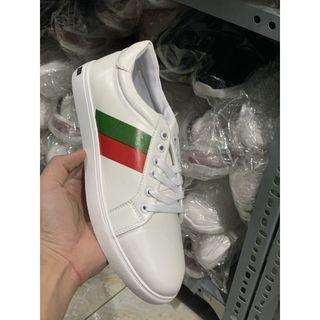 Giày nam trắng thanh lý giá sỉ