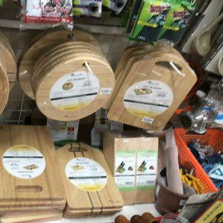 Thớt gỗ cao su tự nhiên giá sỉ