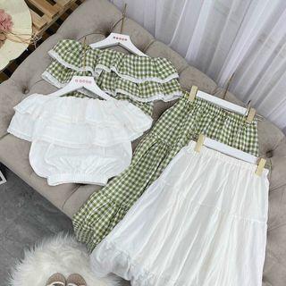 Set áo xinh trễ vai bèo mix chân váy giá sỉ
