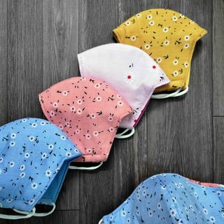 khẩu trang vải tôn hoa cao cấp 3 lớp 2 mặt mịn không xù giá sỉ